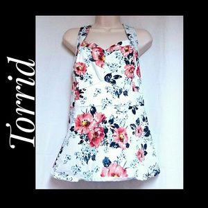 Torrid White Floral Summer Top Size 3X EUC